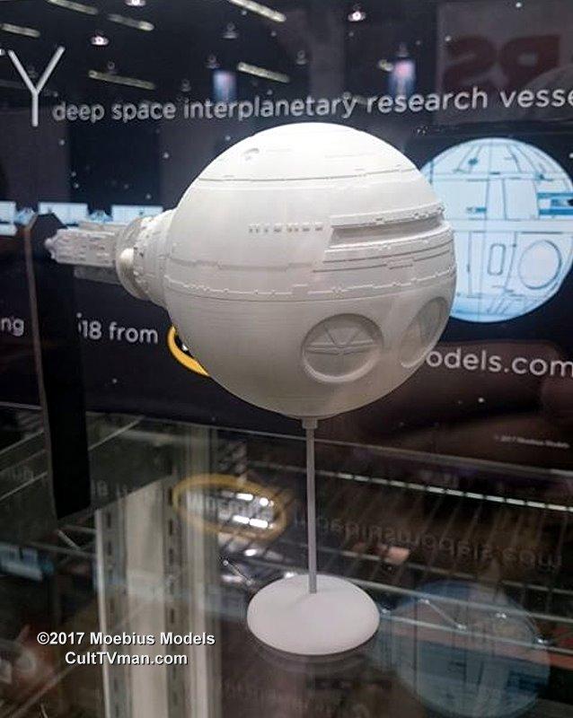 Moebius Models 2001 Discovery Update Culttvman S